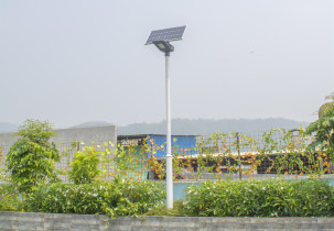 solar street lights installation yard